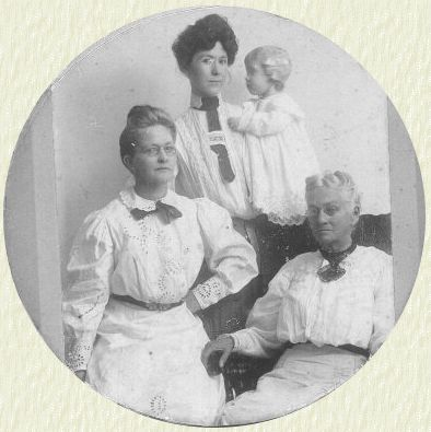 Eliza Bailey, Fannie Clayton, Georgia & Madge Harrison