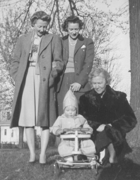 Madge, Carolyn, & Georgia Harrison with baby Jimmie Jr.